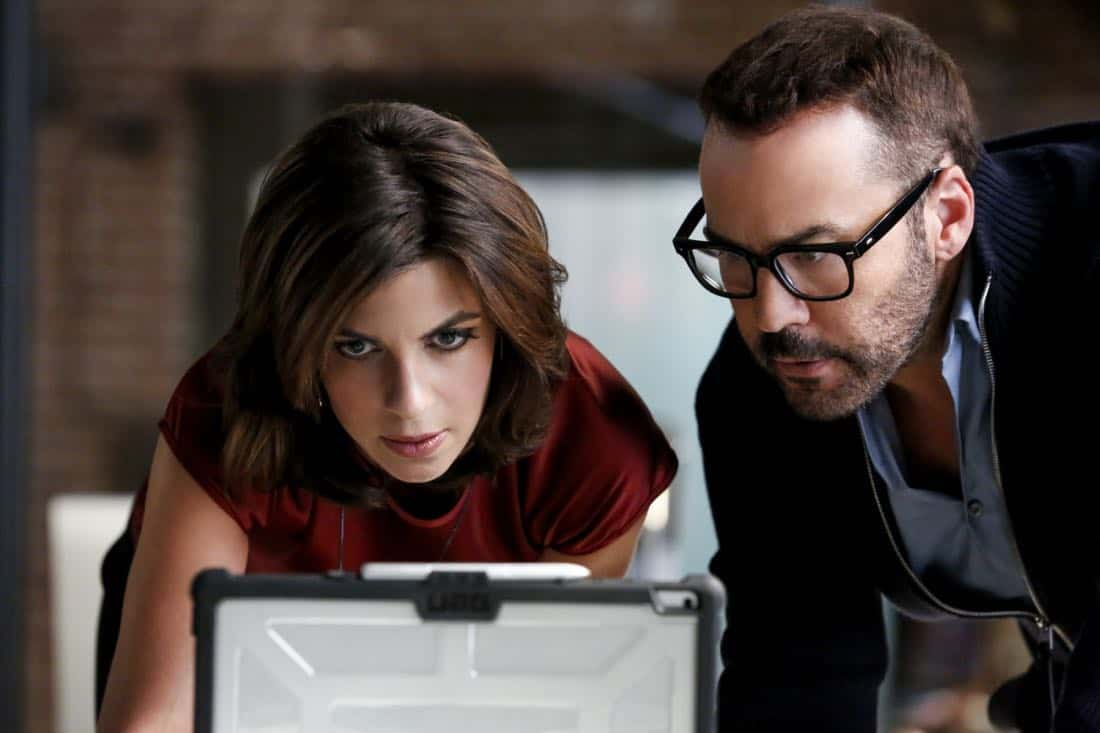 """In The Wild"" -- Pictured: Natalia Tena as Sara Morton and Jeremy Piven as Jeffrey Tanner. A user of Sophe, the cutting-edge crowdsourcing platform, uploads new footage of Jeffrey Tanner's daughter, Mia, being strong-armed by an unknown man five months prior to her murder. Also, Tanner enlists Sophe to help with Cavanaugh's case of a missing teenager, on WISDOM OF THE CROWD, Sunday, Oct. 8 (8:00-9:00 PM, ET/PT), on the CBS Television Network. Photo: Robert Voets/CBS ©2017 CBS Broadcasting, Inc. All Rights Reserved."