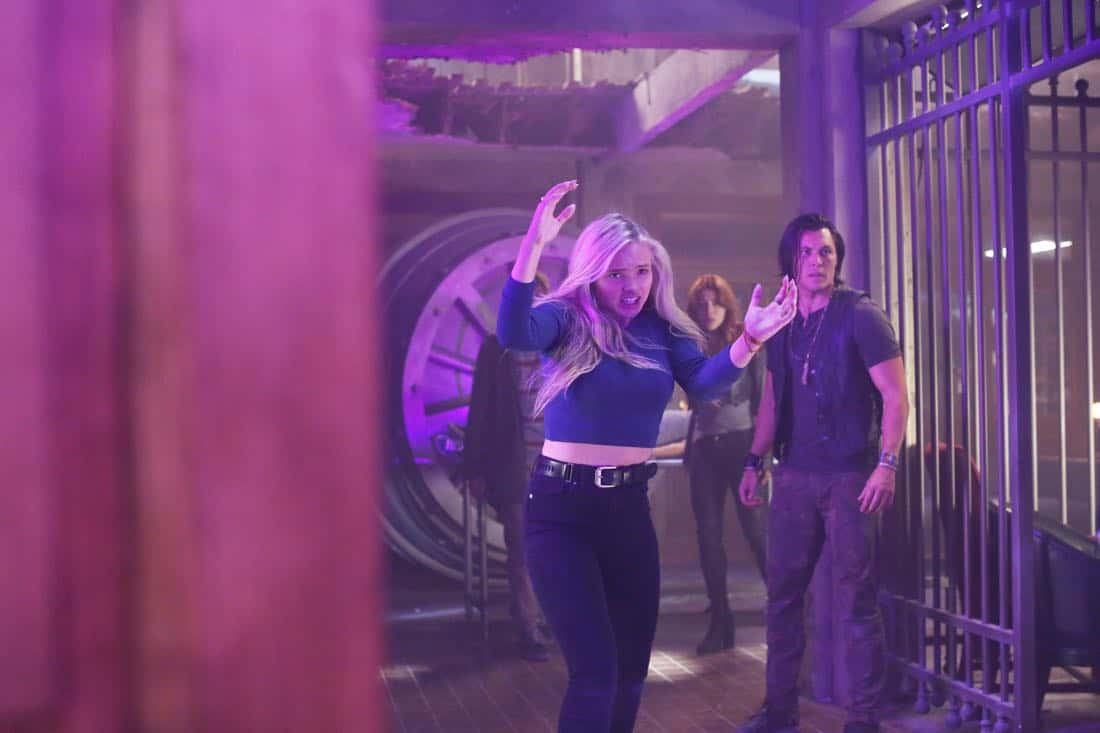 "THE GIFTED:  L-R:  Natalie Alyn Lind, guest star Elaine Satine, and Blair Redford in the ""A New World"" episode of THE GIFTED airing Monday, Oct. 9 (9:00-10:00 PM ET/PT) on FOX.  ©2017 Fox Broadcasting Co.  Cr:  Eliza Morse/FOX"