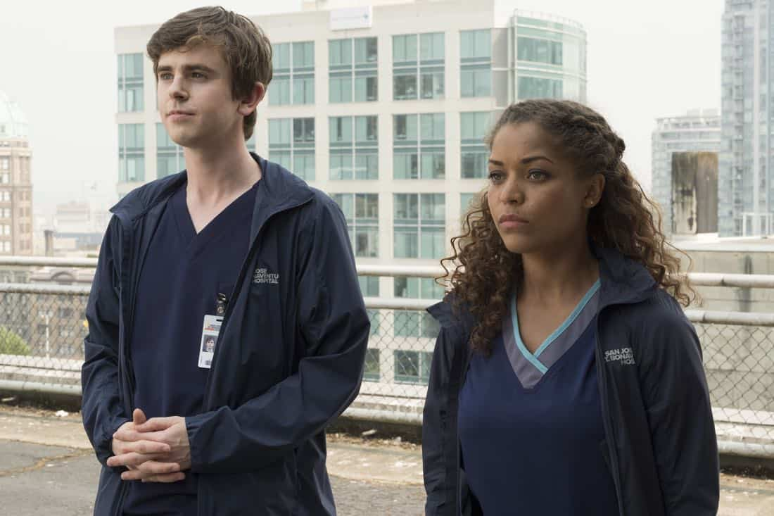 """THE GOOD DOCTOR - """"Oliver"""" - Dr. Neil Melendez and Dr. Jared Unger discover their patient isn't being completely honest with them which may cost him his chance at a life-saving surgery. Meanwhile, Dr. Claire Browne must learn to communicate with Dr. Shaun Murphy as they race back to St. Bonaventure Hospital with a donated organ. """"The Good Doctor"""" airs MONDAY, OCTOBER 9 (10:01-11:00 p.m. EDT), on The ABC Television Network. (ABC/Jeff Weddell) FREDDIE HIGHMORE, ANTONIA THOMAS"""