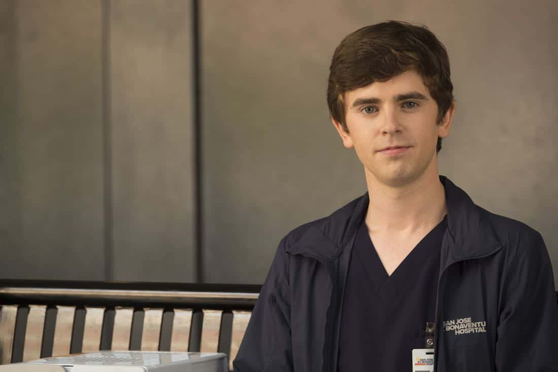 """THE GOOD DOCTOR - """"Oliver"""" - Dr. Neil Melendez and Dr. Jared Unger discover their patient isn't being completely honest with them which may cost him his chance at a life-saving surgery. Meanwhile, Dr. Claire Browne must learn to communicate with Dr. Shaun Murphy as they race back to St. Bonaventure Hospital with a donated organ. """"The Good Doctor"""" airs MONDAY, OCTOBER 9 (10:01-11:00 p.m. EDT), on The ABC Television Network. (ABC/Jeff Weddell) FREDDIE HIGHMORE"""