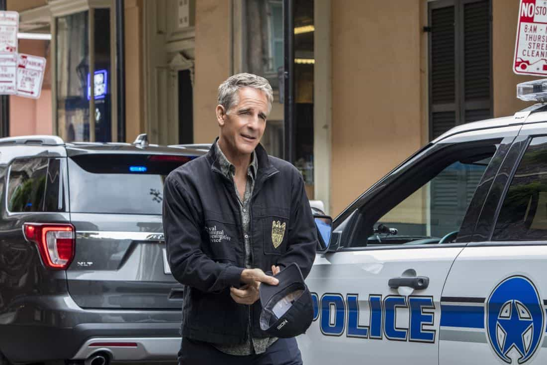 """""""Dead Man Calling"""" -- The NCIS team investigates the copycat murder of an unsolved case from 150 years ago that spawned a legendary New Orleans ghost story. Also, Gregorio is spooked when the case is connected to a recent séance and a local medium, on NCIS: NEW ORLEANS, Tuesday, Oct. 10 (10:00-11:00 PM, ET/PT) on the CBS Television Network. Pictured: Scott Bakula as Special Agent Dwayne Pride Photo: Skip Bolen/CBS ©2017 CBS Broadcasting, Inc. All Rights Reserved"""