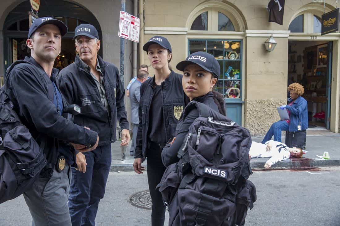 """Dead Man Calling"" -- The NCIS team investigates the copycat murder of an unsolved case from 150 years ago that spawned a legendary New Orleans ghost story. Also, Gregorio is spooked when the case is connected to a recent séance and a local medium, on NCIS: NEW ORLEANS, Tuesday, Oct. 10 (10:00-11:00 PM, ET/PT) on the CBS Television Network. Pictured L-R: Lucas Black as Special Agent Christopher LaSalle, Scott Bakula as Special Agent Dwayne Pride, Vanessa Ferlito as FBI Special Agent Tammy Gregorio, Shalita Grant as Sonja Percy, and CCH Pounder as Dr. Loretta Wade Photo: Skip Bolen/CBS ©2017 CBS Broadcasting, Inc. All Rights Reserved"