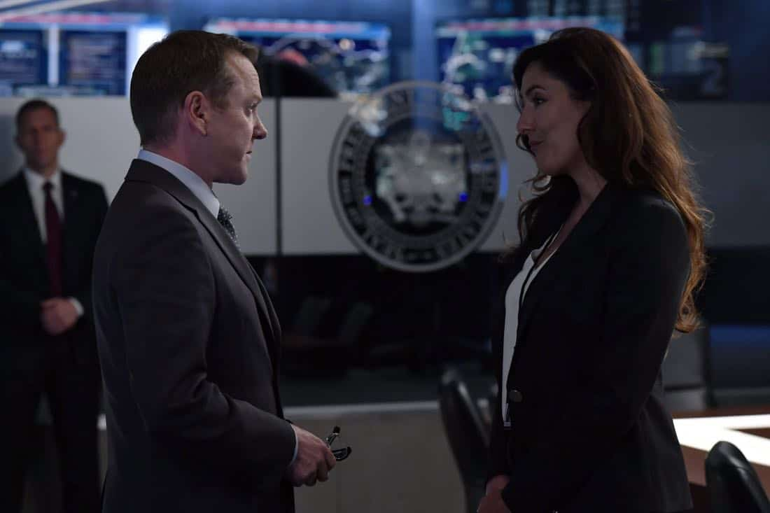 "DESIGNATED SURVIVOR- ""Outbreak"" – President Kirkman is faced with a viral pandemic that threatens to kill countless Americans while FBI Agent Hannah Wells and M16 Agent Damian Rennett discover evidence that could change the lives of members of the first family forever, on ""Designated Survivor,"" airing WEDNESDAY, OCTOBER 11 (10:00-11:00 p.m. EDT). (ABC/Ben Mark Holzberg) KIEFER SUTHERLAND, ALICIA COPPOLA"