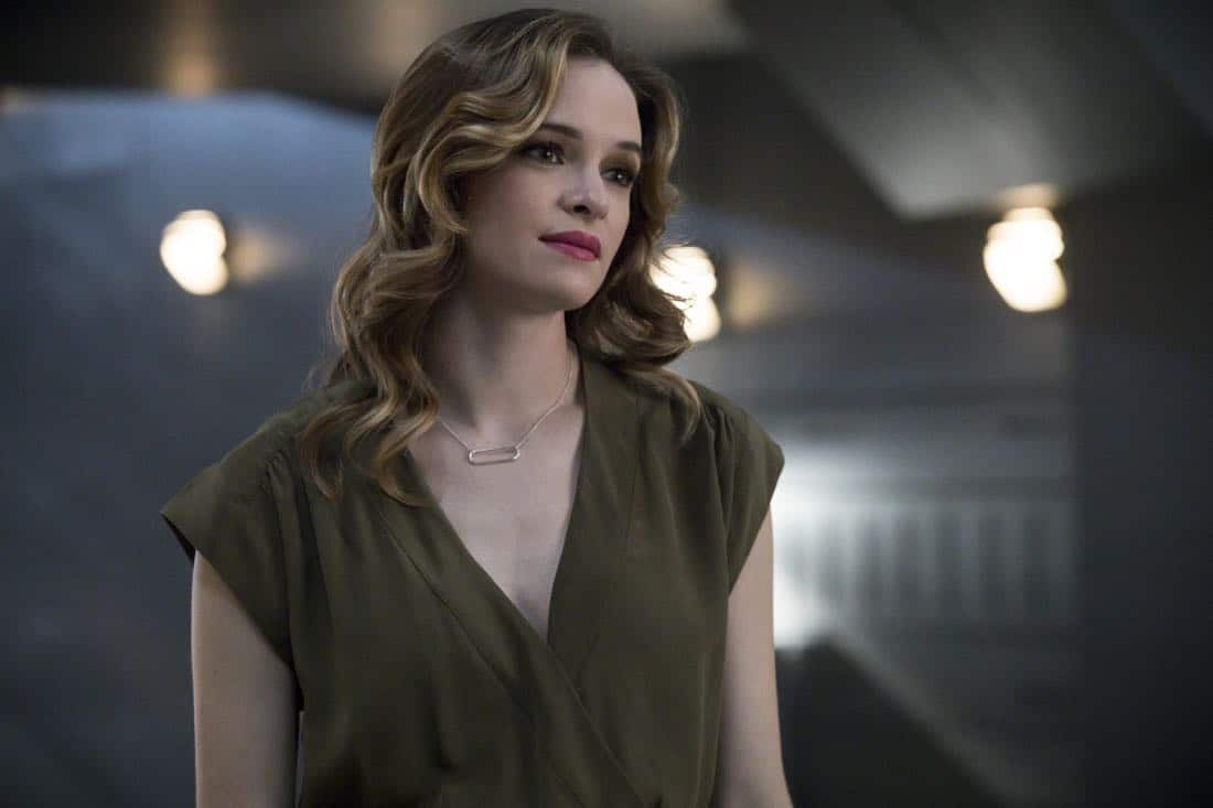 "The Flash -- ""Mixed Signals"" -- Image Number: FLA402a_0328b.jpg -- Pictured: Danielle Panabaker as Caitlin Snow -- Photo: Jack Rowand/The CW -- © 2017 The CW Network, LLC. All rights reserved."