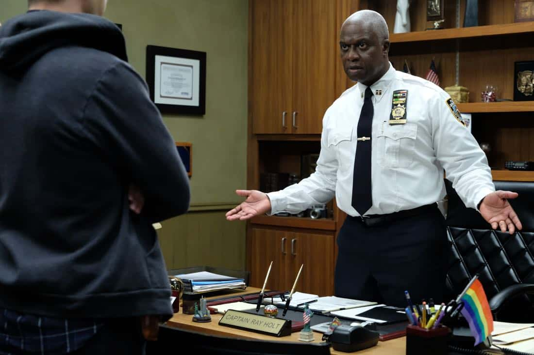 "BROOKLYN NINE-NINE: Andre Braugher in the ""Kicks"" episode of BROOKLYN NINE-NINE airing Tuesday, Oct. 10 (9:30-10:00 PM ET/PT) on FOX. CR: Ray Mickshaw / FOX"
