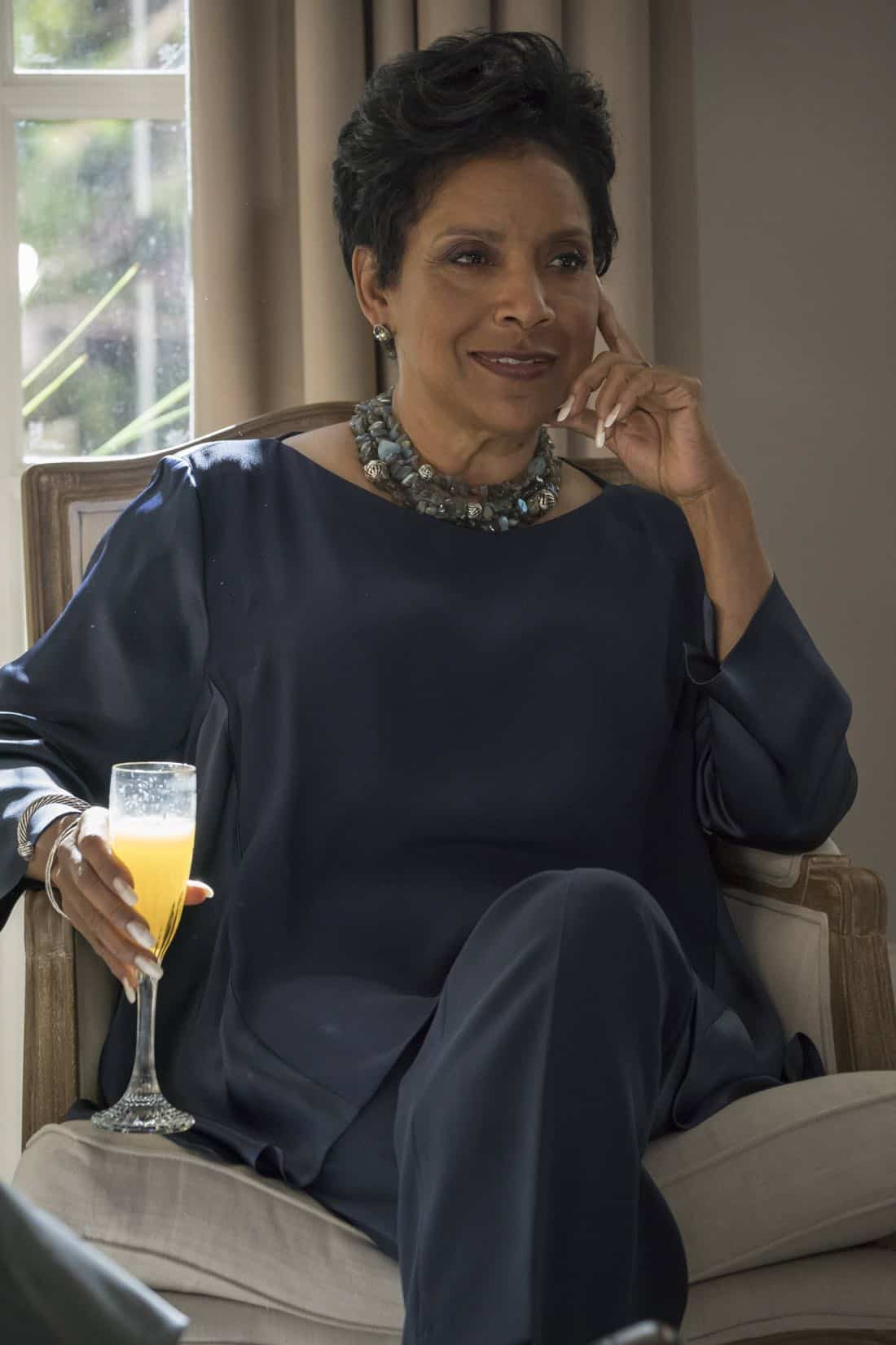 """EMPIRE: Guest star Phylicia Rashad in the """"Evil Manners"""" episode of EMPIRE airing Wednesday, Oct. 11 (8:00-9:00 PM ET/PT) on FOX. ©2017 Fox Broadcasting Co. CR: Chuck Hodes/FOX"""