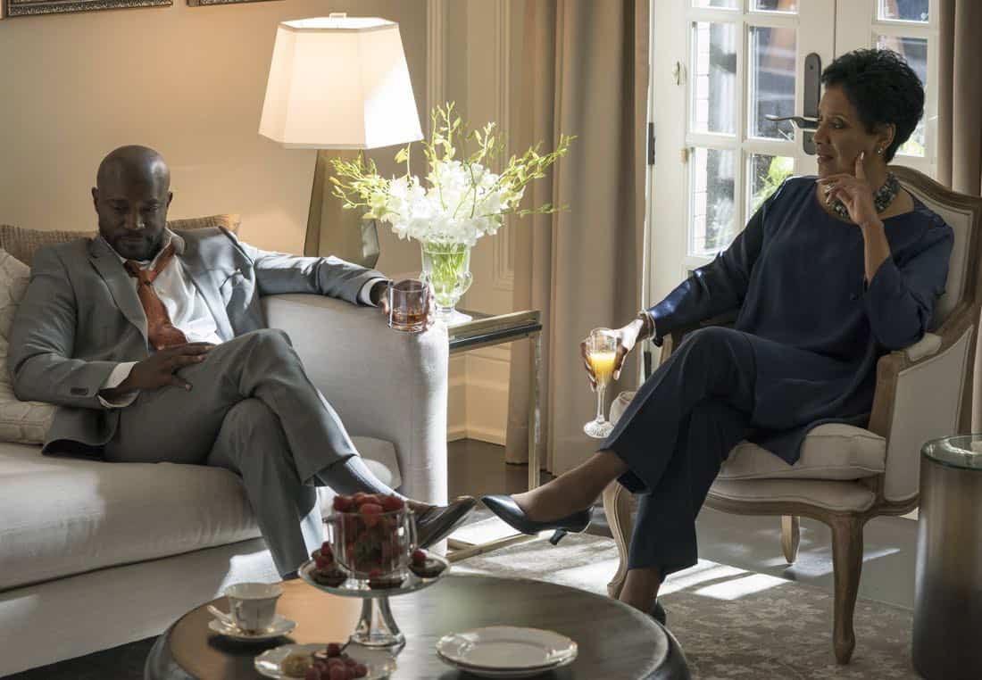 """EMPIRE: Pictured L-R: Guest stars Taye Diggs and Phylicia Rashad in the """"Evil Manners"""" episode of EMPIRE airing Wednesday, Oct. 11 (8:00-9:00 PM ET/PT) on FOX. ©2017 Fox Broadcasting Co. CR: Chuck Hodes/FOX"""