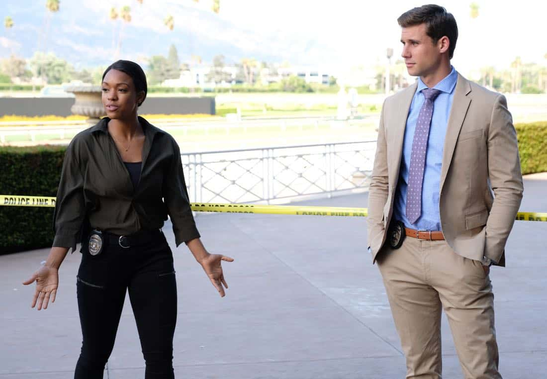 """LETHAL WEAPON: Pictured L-R: Michelle Mitchenor and guest star Andrew Creer in the """"Let it Ride"""" episode of LETHAL WEAPON airing Tuesday, Oct. 31 (8:00-9:00 PM ET/PT) on FOX. ©2017 Fox Broadcasting Co. CR: Darren Michaels/FOX"""
