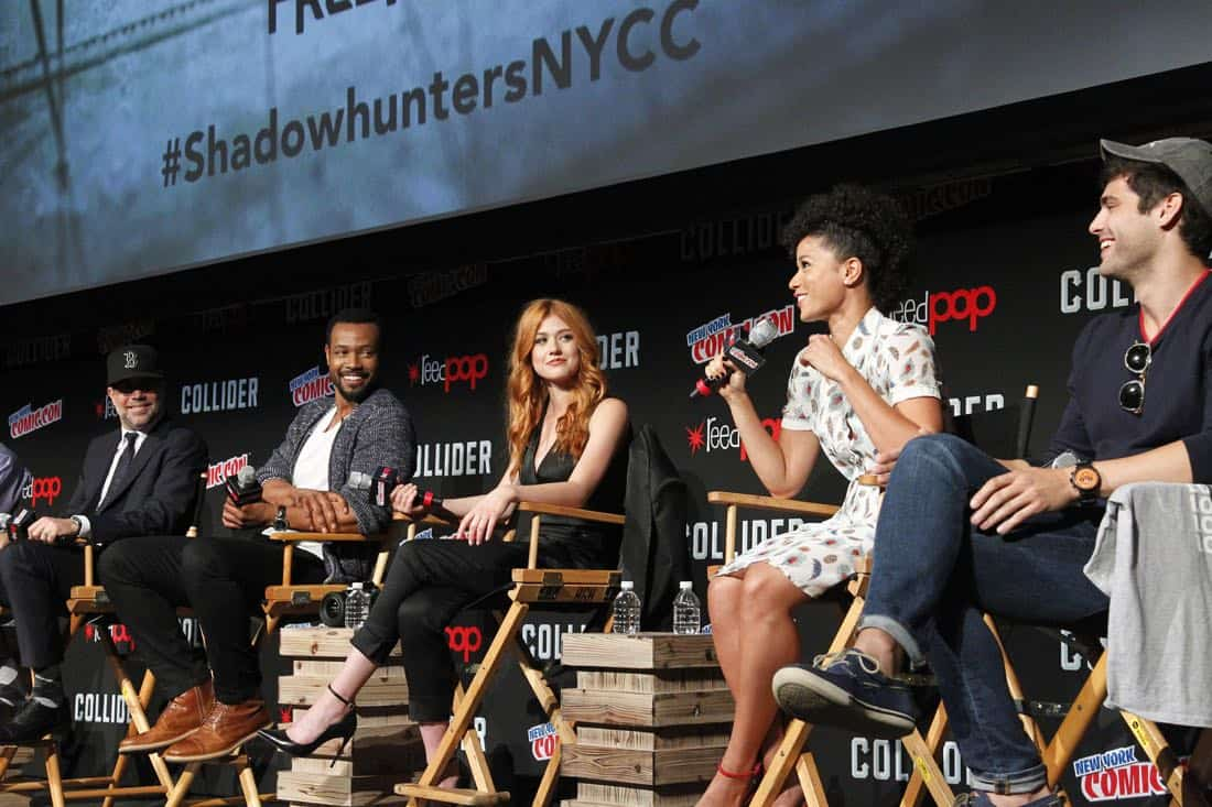 """NY COMIC-CON 2017 -SHADOWHUNTERS - Freeform's genre programming was out in full force at this year's New York Comic Con on Saturday, October 7th with executive producers and cast from the hit series """"Shadowhunters,"""" """"Beyond,"""" and new original series """"Siren."""" (Freeform/Lou Rocco) MATT HASTINGS (EXECUTIVE PRODUCER), ISAIAH MUSTAFA, KATHERINE MCNAMARA, ALISHA WAINWRIGHT, MATTHEW DADDARIO"""