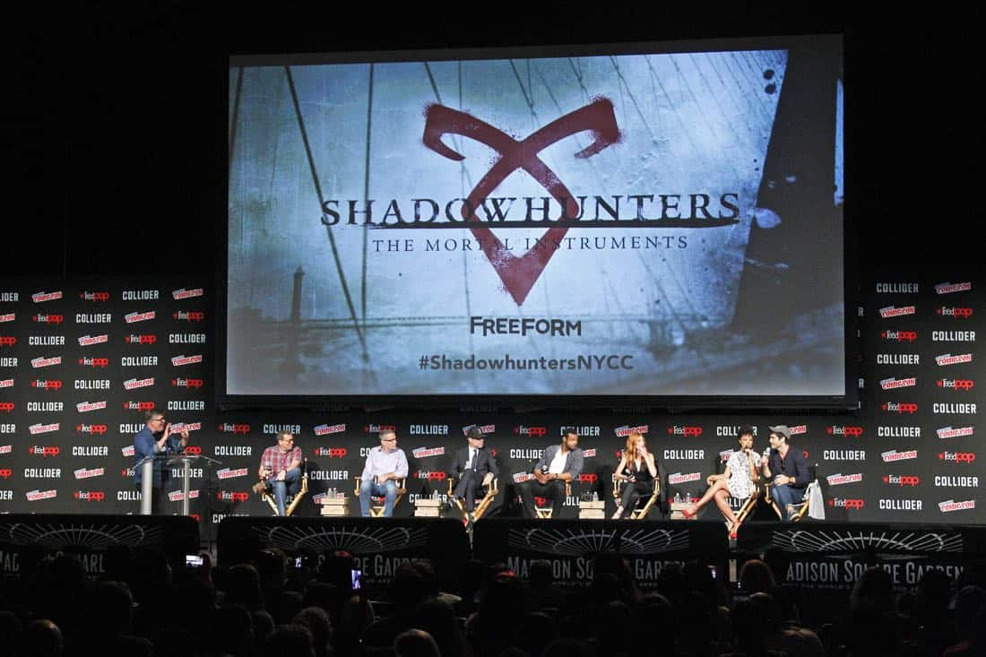 """NY COMIC-CON 2017 -SHADOWHUNTERS - Freeform's genre programming was out in full force at this year's New York Comic Con on Saturday, October 7th with executive producers and cast from the hit series """"Shadowhunters,"""" """"Beyond,"""" and new original series """"Siren."""" (Freeform/Lou Rocco) JIM HALTERMAN (MODERATOR), DARREN SWIMMER (EXECUTIVE PRODUCER), TODD SLAVKIN (EXECUTIVE PRODUCER), MATT HASTINGS, EXECUTIVE PRODUCER, ISAIAH MUSTAFA, KATHERINE MCNAMARA, ALISHA WAINWRIGHT, MATTHEW DADDARIO"""