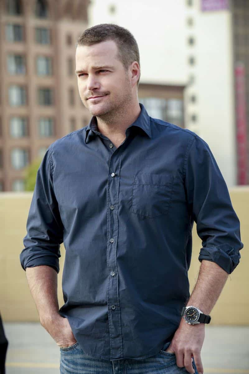 """Se Murio El Payaso"" -- Pictured: Chris O'Donnell (Special Agent G. Callen). When the daughter of a notorious counterfeiter arrives in Los Angeles, Sam is sent undercover as a financier, while Callen partners with Anna (Bar Paley) to track the family's latest scheme, on NCIS: LOS ANGELES, Sunday, Oct. 8th (9:00 PM, ET/PT) on the CBS Television Network. Photo: Bill Inoshita/CBS ©2017 CBS Broadcasting, Inc. All Rights Reserved."