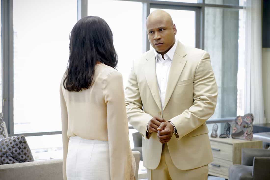 """Se Murio El Payaso"" -- Pictured: LL COOL J (Special Agent Sam Hanna). When the daughter of a notorious counterfeiter arrives in Los Angeles, Sam is sent undercover as a financier, while Callen partners with Anna (Bar Paley) to track the family's latest scheme, on NCIS: LOS ANGELES, Sunday, Oct. 8th (9:00 PM, ET/PT) on the CBS Television Network. Photo: Sonja Flemming/CBS ©2017 CBS Broadcasting, Inc. All Rights Reserved."
