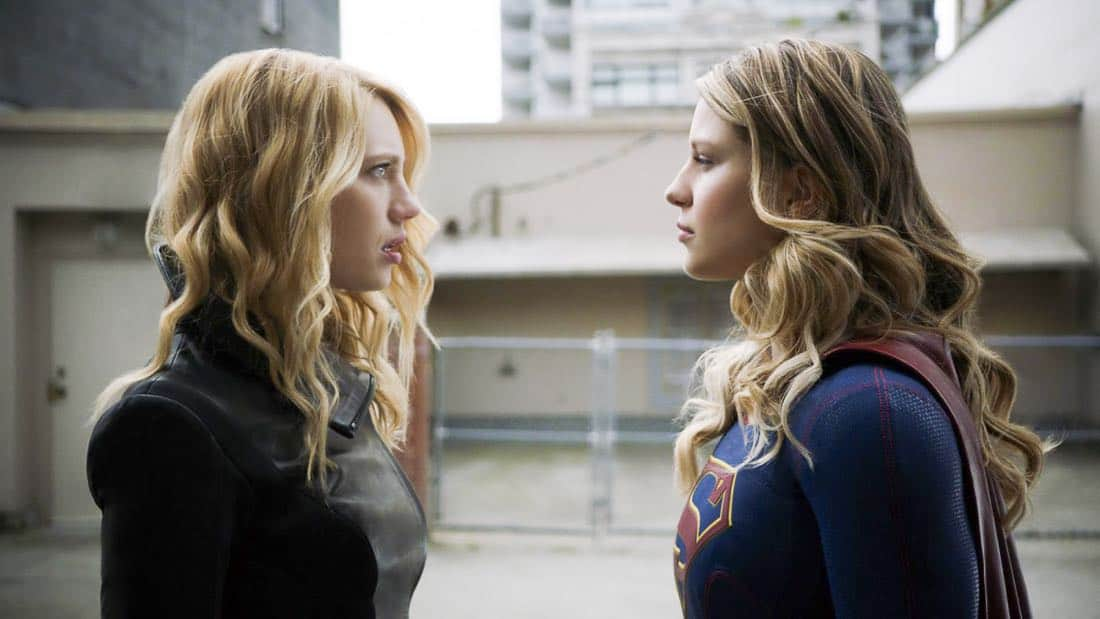 """Supergirl -- """"Triggers"""" -- SPG302_SG_0136348.jpg -- Pictured (L-R): Yael Grobglas as Psi and Melissa Benoist as Kara/Supergirl -- Photo: The CW -- © 2017 The CW Network, LLC. All Rights Reserved"""