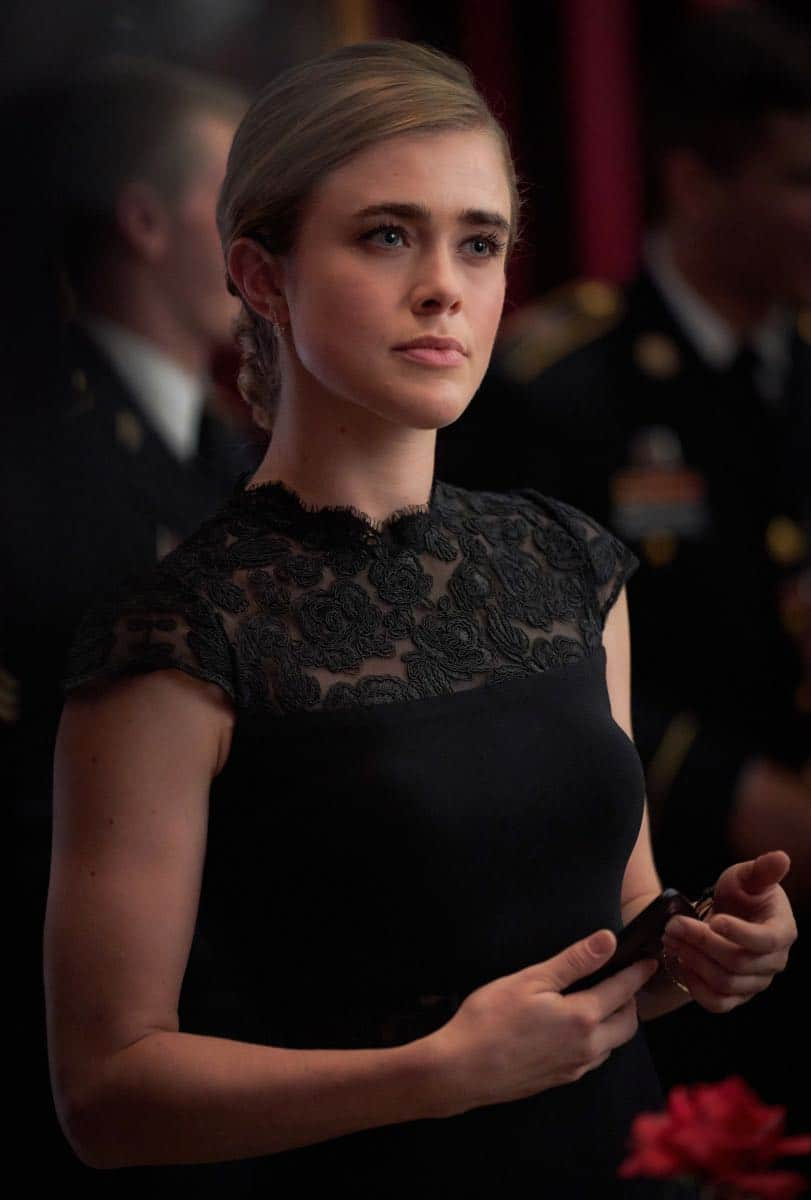 "Valor -- ""Esprit de Corps"" -- Image Number: VAL102a_0136.jpg -- Pictured: Melissa Roxburgh as CIA Officer Thea -- Photo: Bob MahoneyThe CW -- © 2017 The CW Network, LLC. All Rights Reserved."
