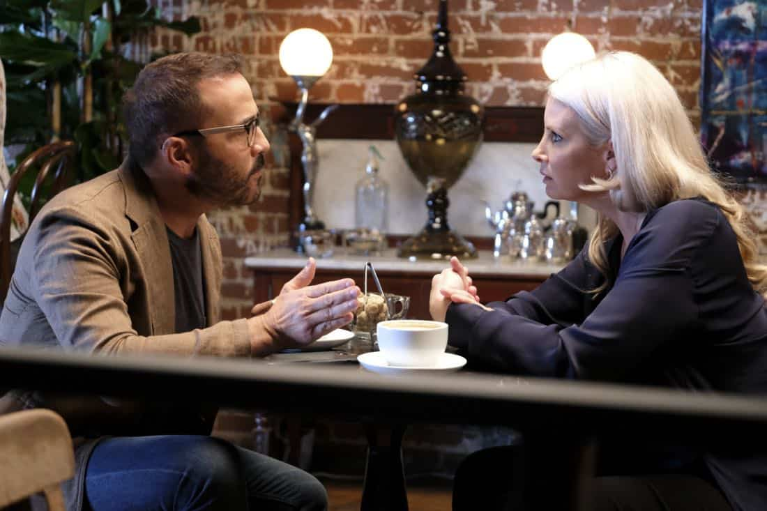 """Machine Learning"" -- Pictured: Jeremy Piven as Jeffrey Tanner and Monica Potter as Alex Hale. After the team puts publicly available crime data into Sophe, the platform exposes a serial killer plaguing Silicon Valley and the Bay Area by connecting previously unrelated murders, on WISDOM OF THE CROWD, Sunday, Oct. 15 (8:30-9:30 PM, ET/PT) on the CBS Television Network.Photo: Patrick Wymore/CBS ©2017 CBS Broadcasting, Inc. All Rights Reserved"
