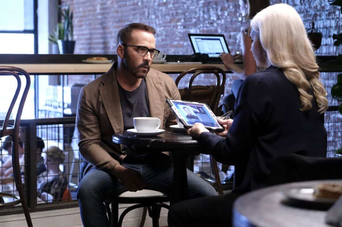 """Machine Learning"" -- Pictured: Jeremy Piven as Jeffrey Tanner. After the team puts publicly available crime data into Sophe, the platform exposes a serial killer plaguing Silicon Valley and the Bay Area by connecting previously unrelated murders, on WISDOM OF THE CROWD, Sunday, Oct. 15 (8:30-9:30 PM, ET/PT) on the CBS Television Network.Photo: Patrick Wymore/CBS ©2017 CBS Broadcasting, Inc. All Rights Reserved"