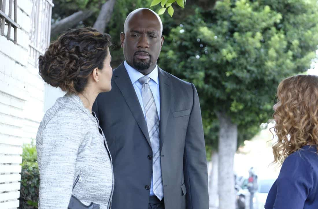"""Machine Learning"" -- Pictured: Richard T. Jones as Detective Tommy Cavanaugh. After the team puts publicly available crime data into Sophe, the platform exposes a serial killer plaguing Silicon Valley and the Bay Area by connecting previously unrelated murders, on WISDOM OF THE CROWD, Sunday, Oct. 15 (8:30-9:30 PM, ET/PT) on the CBS Television Network.Photo: Patrick Wymore/CBS ©2017 CBS Broadcasting, Inc. All Rights Reserved"