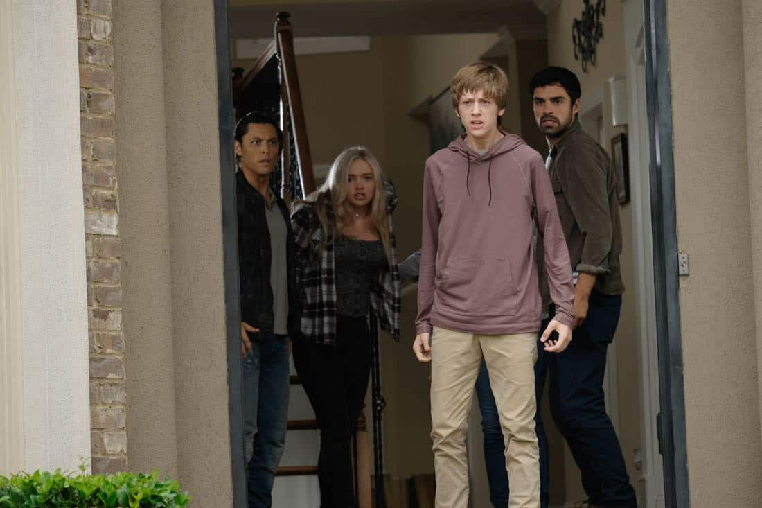 "THE GIFTED: L-R: Blair Redford, Natalie Alyn Lind, Percy Hynes White and Sean Teale in the ""eXodus"" episode of THE GIFTED airing Monday, Oct. 16 (9:00-10:00 PM ET/PT) on FOX. ©2017 Fox Broadcasting Co. Cr: Eliza Morse/FOX"