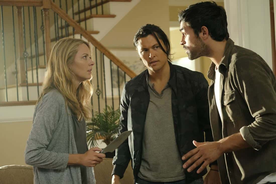 "THE GIFTED: L-R: Amy Acker, Blair Redford and Sean Teale in the ""eXodus"" episode of THE GIFTED airing Monday, Oct. 16 (9:00-10:00 PM ET/PT) on FOX. ©2017 Fox Broadcasting Co. Cr: Eliza Morse/FOX"