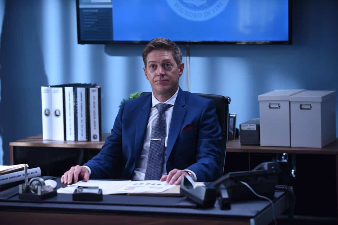 "LETHAL WEAPON: Kevin Rahm in the ""Flight Risk"" episode of LETHAL WEAPON airing Tuesday, Oct. 17 (8:00-9:00 PM ET/PT) on FOX. ©2017 Fox Broadcasting Co. CR: Ray Mickshaw/FOX"