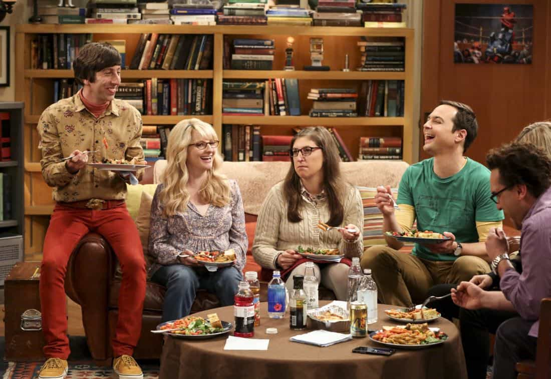 """""""The Collaboration Contamination"""" -- Pictured: Howard Wolowitz (Simon Helberg), Bernadette (Melissa Rauch), Amy Farrah Fowler (Mayim Bialik) and Sheldon Cooper (Jim Parsons). Sheldon and Koothrappali confide in Bernadette when they can't handle Amy and Wolowitz working together. Also, Penny and Leonard learn new tactics for how to deal Sheldon from an unlikely source, on THE BIG BANG THEORY, Monday, Oct. 23 (8:00-8:31 PM, ET/PT) on the CBS Television Network. Photo: Michael Yarish/Warner Bros. Entertainment Inc. © 2017 WBEI. All rights reserved."""
