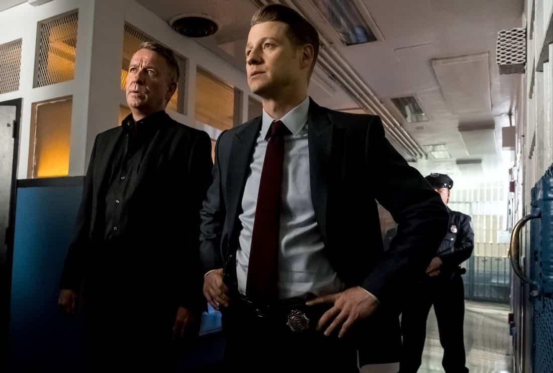 """GOTHAM: L-R: Sean Pertwee and Ben McKenzie in the """"A Dark Knight: The Blade's Path"""" episode of GOTHAM airing Thursday, Oct. 19 (8:00-9:01 PM ET/PT) on FOX. CR: Jeff Neumann"""