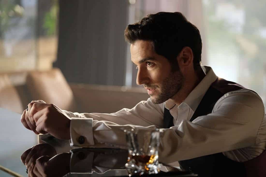 "LUCIFER: Tom Ellis in the ""What Would Lucifer Do?"" episode of LUCIFER airing Monday, Oct. 23 (8:00-9:00 PM ET/PT) on FOX. CR: FOX"