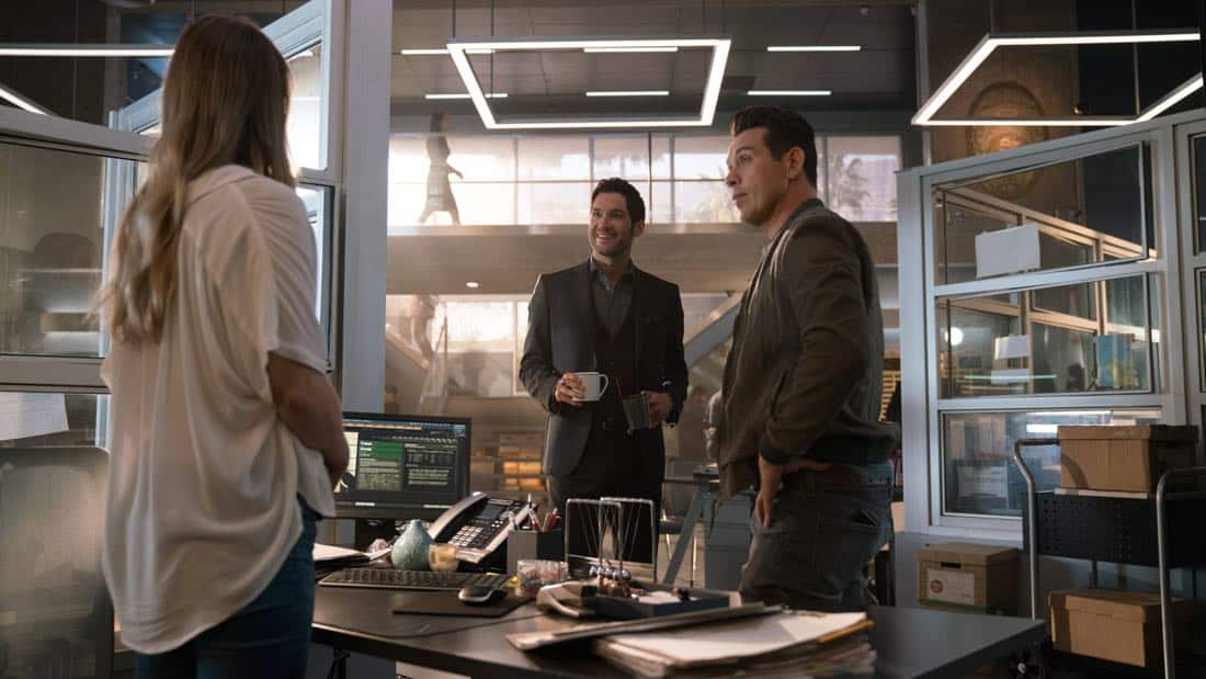 """LUCIFER: L-R: Tom Ellis and Kevin Alejandro in the """"What Would Lucifer Do?"""" episode of LUCIFER airingMonday, Oct. 23(8:00-9:00 PM ET/PT) on FOX. CR: FOX"""