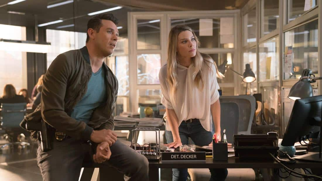 "LUCIFER: L-R: Kevin Alejandro and Lauren German in the ""What Would Lucifer Do?"" episode of LUCIFER airing Monday, Oct. 23 (8:00-9:00 PM ET/PT) on FOX. CR: FOX"