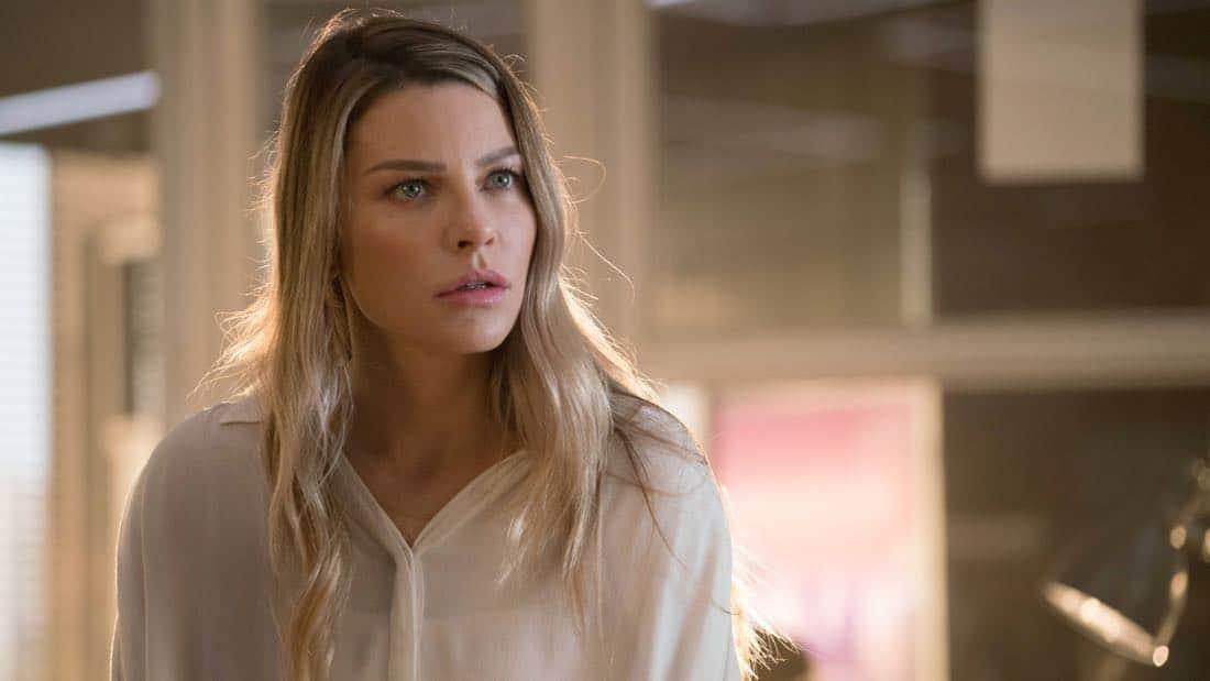 "LUCIFER: Lauren German in the ""What Would Lucifer Do?"" episode of LUCIFER airingMonday, Oct. 23(8:00-9:00 PM ET/PT) on FOX. CR: FOX"