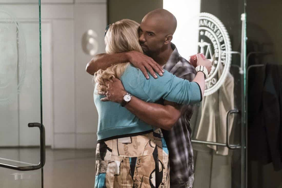 """Lucky Strikes"" -- When Garcia experiences anxiety over a case that's personal to her from her past, Morgan visits to lend emotional support, on CRIMINAL MINDS, Wednesday, Oct. 25 (10:00-11:00 PM, ET/PT) on the CBS Television Network.  Pictured: Kirsten Vangsness (Penelope Garcia), Shemar Moore (Derek Morgan)   Photo: Darren Michaels/CBS ©2017 CBS Broadcasting, Inc. All Rights Reserved"