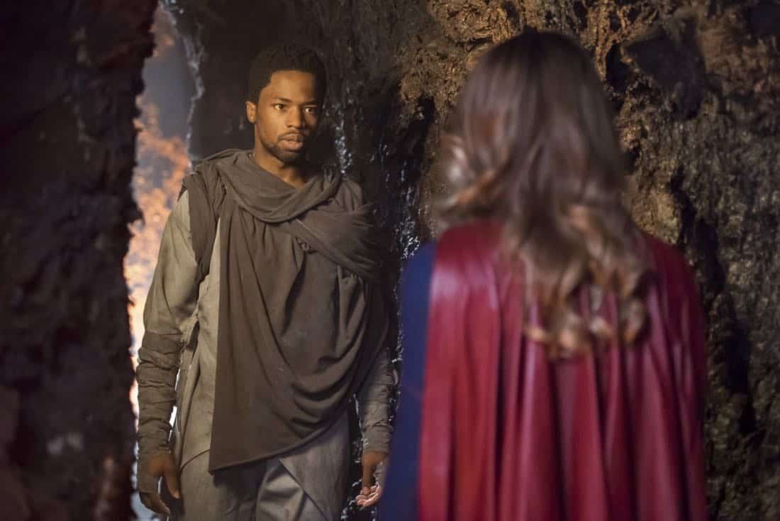 "Supergirl -- ""Far From The Tree"" -- SPG303b_0174.jpg -- Pictured (L-R): Dewshane Williams as Till'all and Melissa Benoist as Kara/Supergirl -- Photo: Dean Buscher/The CW -- © 2017 The CW Network, LLC. All Rights Reserved"