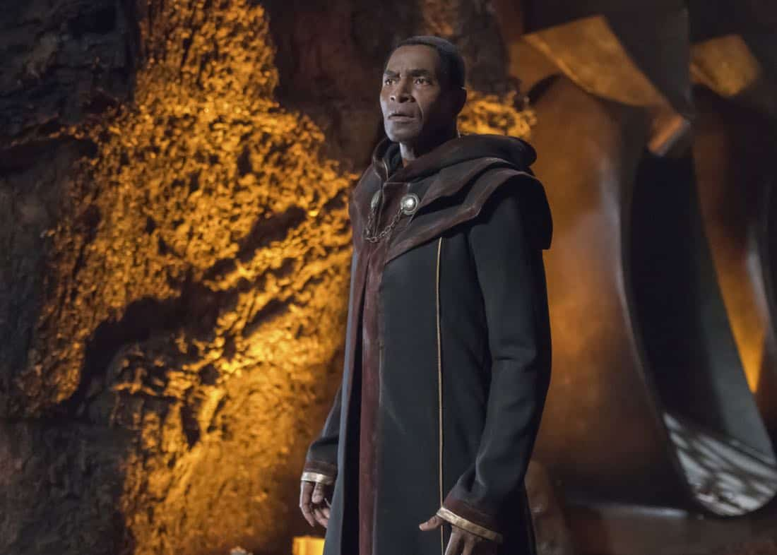 "Supergirl -- ""Far From The Tree"" -- SPG303b_0229.jpg -- Pictured: Carl Lumbly as Myr'nn Martian -- Photo: Dean Buscher/The CW -- © 2017 The CW Network, LLC. All Rights Reserved"