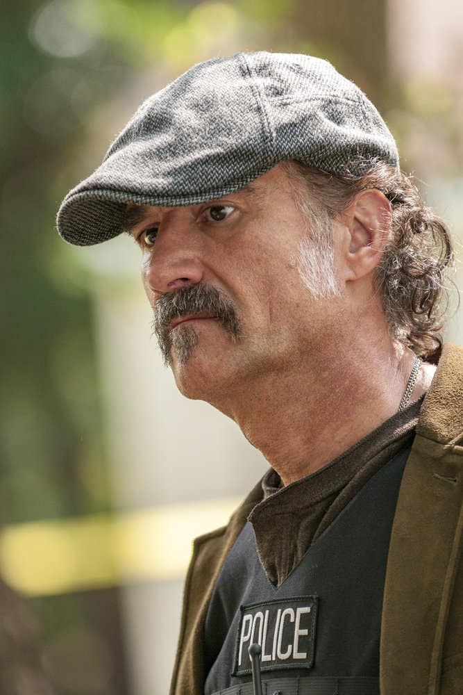 "CHICAGO P.D. -- ""Home"" Episode 505 -- Pictured: Elias Koteas as Alvin Olinsky -- (Photo by: Matt Dinerstein/NBC)"