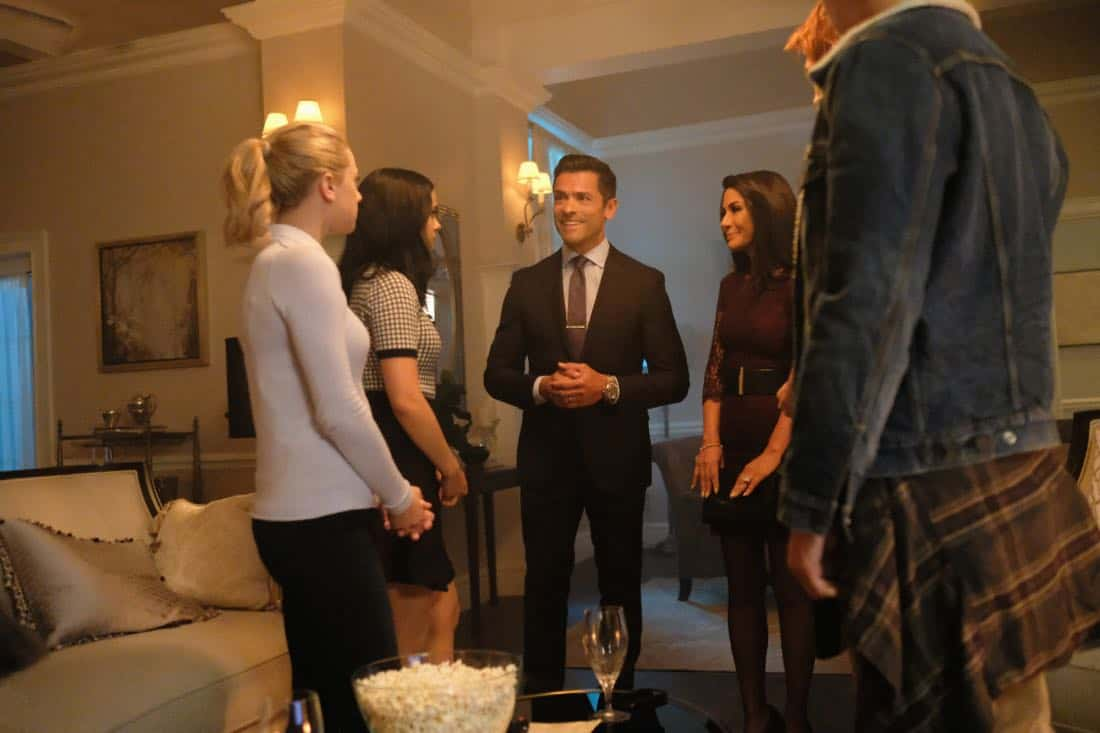 """Riverdale -- """"Chapter Sixteen: The Watcher in the Woods"""" -- Image Number: RVD203a_0050b -- Pictured (L-R): Lili Reinhart as Betty Cooper, Camila Mendes as Veronica, Mark Consuelos as Hiram Lodge, Marisol Nichols as Hermione Lodge and Cole Sprouse as Jughead -- Photo: Bettina Strauss /The CW -- © 2017 The CW Network. All Rights Reserved"""