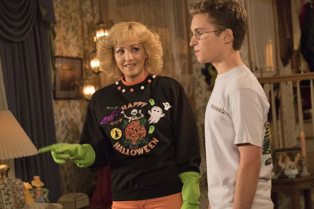 "THE GOLDBERGS - ""Jackie Likes Star Trek"" - After Adam and Jackie disagree over their Halloween costumes, Murray teaches Adam to be a shell of a man to keep Jackie happy; however, it backfires quickly also causing an issue for Murray and Beverly. But they soon all learn to compromise in their own special way, in the Halloween and 100th episode of ""The Goldbergs,"" WEDNESDAY, OCTOBER 25 (8:00-8:30 p.m. EDT), on The ABC Television Network. (ABC/Eddy Chen) WENDI MCLENDON-COVEY, SEAN GIAMBRONE"