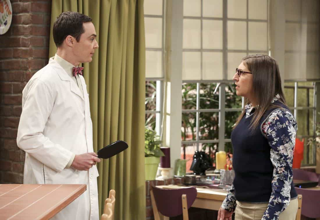 """The Proton Regeneration"" -- Pictured: Sheldon Cooper (Jim Parsons) and Amy Farrah Fowler (Mayim Bialik). Sheldon goes head-to-head with Wil Wheaton for the role of the new Professor Proton. Also, Penny steps in to take care of Halley when Bernadette and Wolowitz both wind up on bed rest, when THE BIG BANG THEORY moves to its regular time period, Thursday, Nov. 2 (8:00-8:31 PM, ET/PT), on the CBS Television Network. Photo: Michael Yarish/CBS ©2017 CBS Broadcasting, Inc. All Rights Reserved."