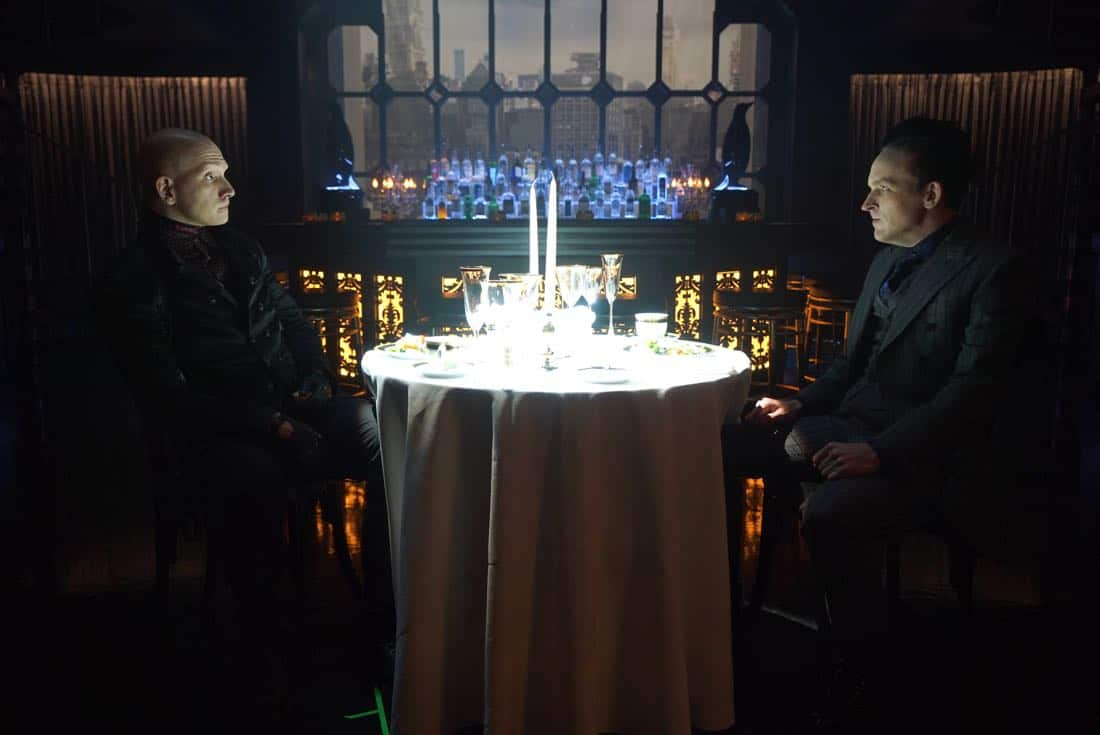 """GOTHAM: L-R: Guest star Anthon Carrigan and Robin Lord Taylor in the """"A Dark Knight: Hog Day Afternoon"""" episode of GOTHAM airing Thursday, Oct. 26 (8:00-9:01 PM ET/PT) on FOX. ©2017 Fox Broadcasting Co. Cr: FOX."""