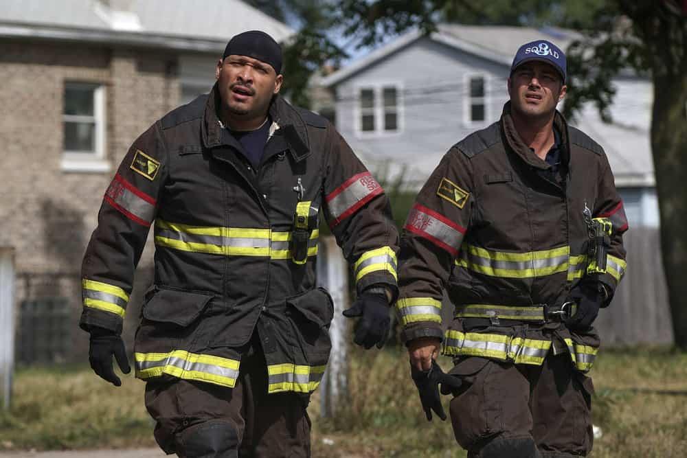 "CHICAGO FIRE -- ""Devil's Bargain"" Episode 605 -- Pictured: (l-r) Joe Minoso as Joe Cruz, Taylor Kinney as Kelly Severide -- (Photo by: Elizabeth Morris/NBC)"
