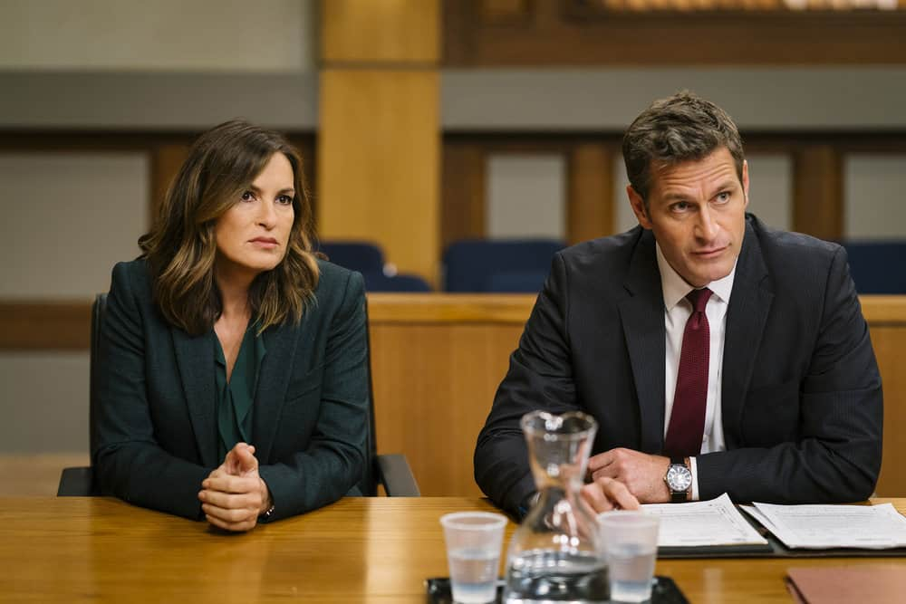 "LAW & ORDER: SPECIAL VICTIMS UNIT -- ""Complicated"" Episode 1905 -- Pictured: (l-r) Mariska Hargitay as Lieutenant Olivia Benson, Peter Hermann as Trevor Langan -- (Photo by: Michael Parmelee/NBC)"
