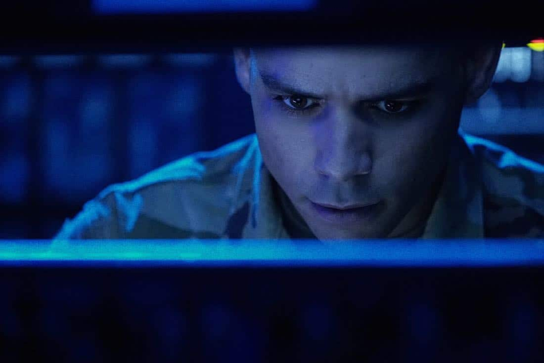 "Valor -- ""Zero Visibility"" -- Image Number: VAL104b_0339.jpg -- Pictured: Charlie Barnett as Ian -- Photo: Jace Downs/The CW -- © 2017 The CW Network, LLC. All Rights Reserved."