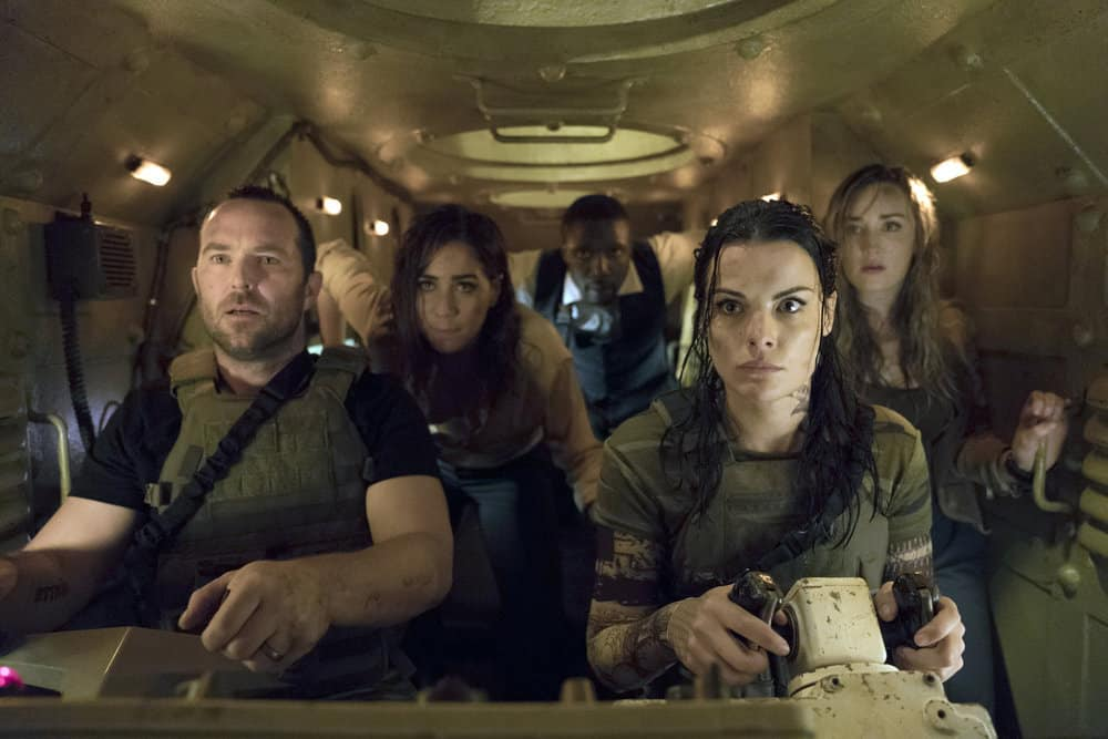 "BLINDSPOT -- ""Back to the Grind"" Episode 301 -- Pictured: (l-r) Sullivan Stapleton as Kurt Weller, Audrey Esparza as Tasha Zapata, Rob Brown as Edgar Reade, Jaimie Alexander as Jane Doe, Ashley Johnson as Patterson -- (Photo by: Peter Kramer/NBC)"