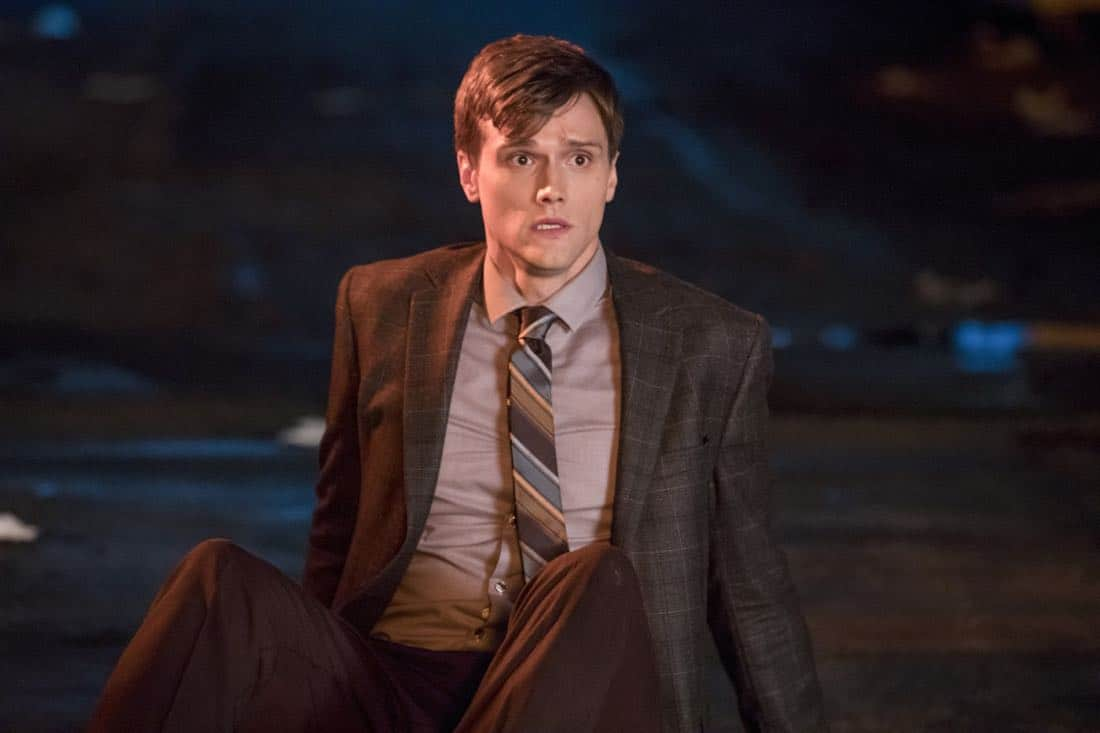 "The Flash -- ""Elongated Journey Into Night"" -- Image Number: FLA404a_0227b.jpg -- Pictured: Hartley Sawyer as Dibney -- Photo: Jack Rowand/The CW -- © 2017 The CW Network, LLC. All rights reserved."