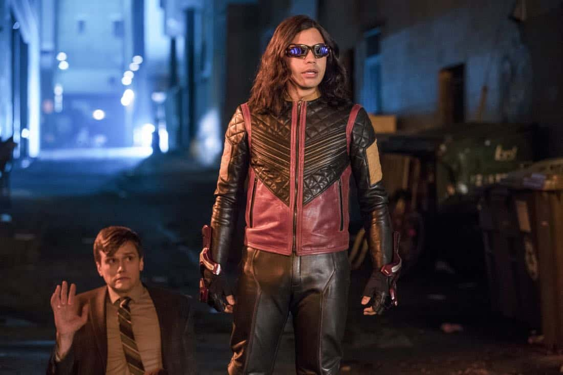 "The Flash -- ""Elongated Journey Into Night"" -- Image Number: FLA404a_0239b.jpg -- Pictured (L-R): Hartley Sawyer as Dibney and Carlos Valdes as Vibe -- Photo: Jack Rowand/The CW -- © 2017 The CW Network, LLC. All rights reserved."