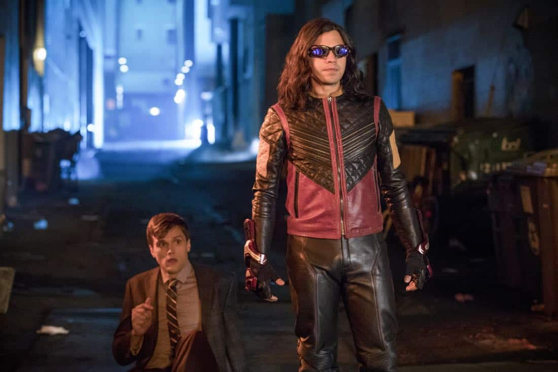 "The Flash -- ""Elongated Journey Into Night"" -- Image Number: FLA404a_0255b.jpg -- Pictured (L-R): Hartley Sawyer as Dibney and Carlos Valdes as Vibe -- Photo: Jack Rowand/The CW -- © 2017 The CW Network, LLC. All rights reserved."