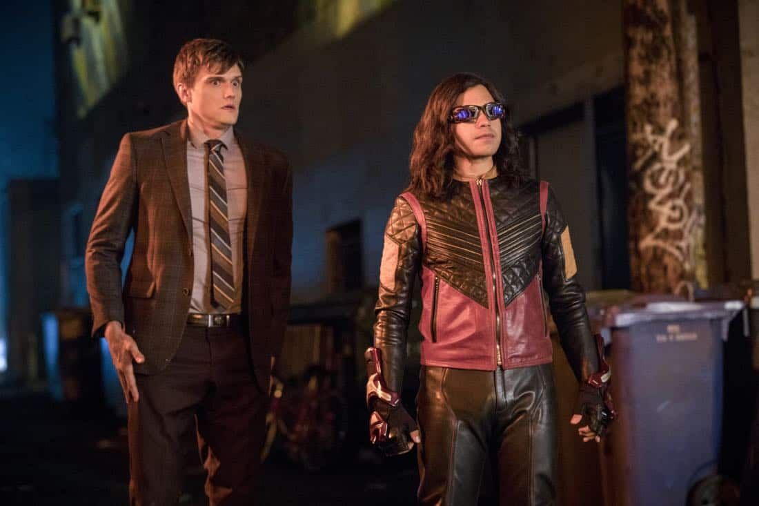 "The Flash -- ""Elongated Journey Into Night"" -- Image Number: FLA404a_0324b.jpg -- Pictured (L-R): Hartley Sawyer as Dibney and Carlos Valdes as Vibe -- Photo: Jack Rowand/The CW -- © 2017 The CW Network, LLC. All rights reserved."