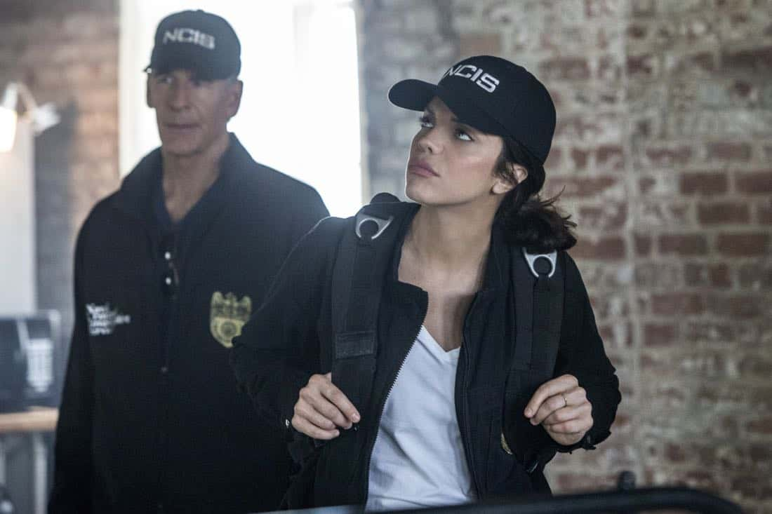 """""""Acceptable Loss"""" -- The murder of a petty officer leads Pride and his team to a mysterious woman who is targeting men with high security clearance. Also, Lasalle's father, Beau (Michael Angelo Pniewski), arrives in town to discuss the family business, on NCIS: NEW ORLEANS, Tuesday, Oct. 31 (10:00-11:00 PM, ET/PT) on the CBS Television Network. Pictured L-R: Scott Bakula as Special Agent Dwayne Pride and Vanessa Ferlito as FBI Special Agent Tammy Gregorio Photo: Skip Bolen/CBS ©2017 CBS Broadcasting, Inc. All Rights Reserved"""