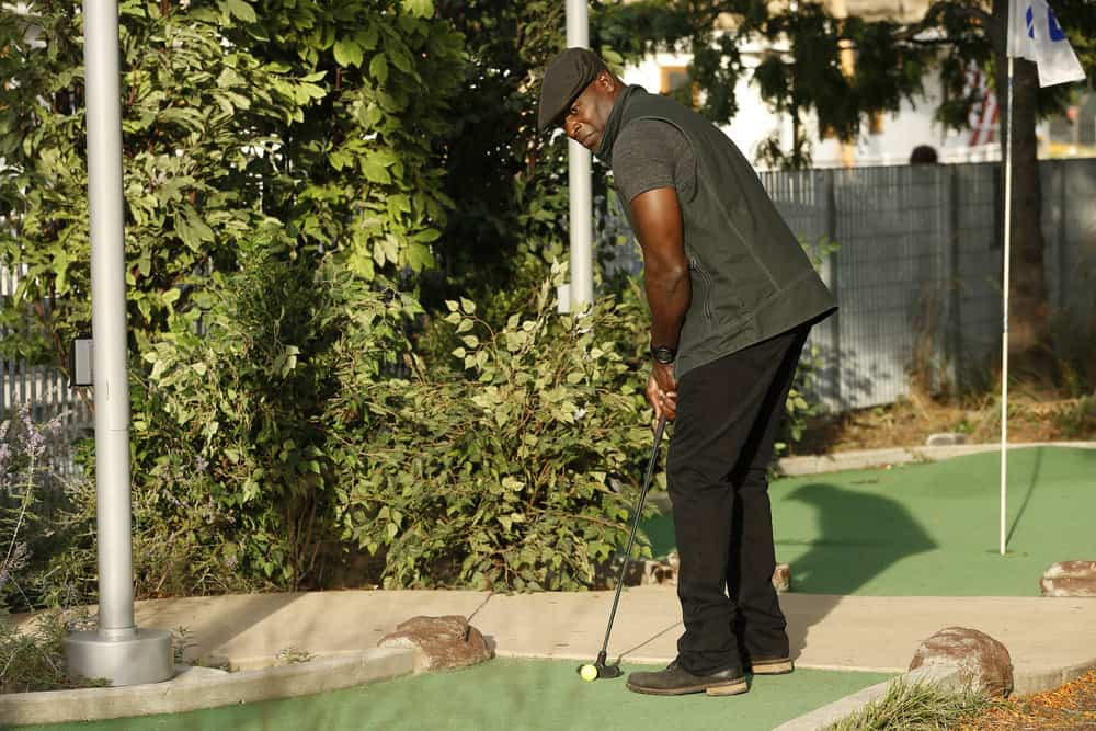 """THE BLACKLIST -- """"The Travel Agency"""" Episode 506 -- Pictured: Hisham Tawfiq as Dembe Zuma -- (Photo by: Will Hart/NBC)"""