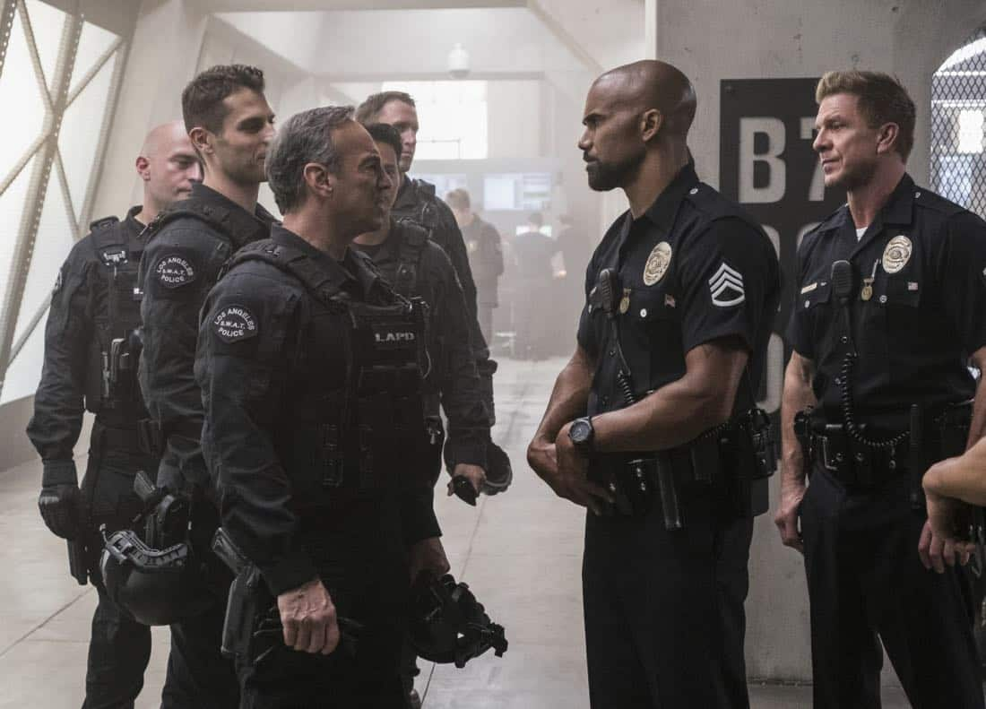 """Pilot"" -- A locally born SWAT sergeant, former Marine Daniel ""Hondo"" Harrelson (Shemar Moore), is newly tasked to run a specialized tactical unit that is the last stop in law enforcement in Los Angeles, on the series premiere of S.W.A.T., Thursday, Nov. 2 (10:00-11:00, ET/PT) on the CBS Television Network. Shemar Moore, Stephanie Sigman, Alex Russell, Jay Harrington, Lina Esco, Kenny Johnson, Peter Onorati and David Lim star in the police drama inspired by the television series and feature film. Pictured left to right: Peter Onorati as Jeff Mumford, Shemar Moore as Daniel ""Hondo"" Harrelson, and Kenny Johnson as Dominique Luca.     Photo: Jessica Brooks/CBS ©2017 CBS Broadcasting, Inc. All Rights Reserved"