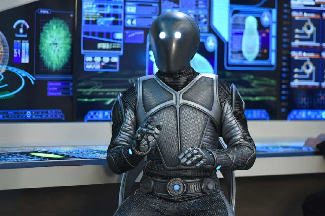 "THE ORVILLE:  Mark Jackson in the ""Majority Rule"" episode of THE ORVILLE airing Thursday, Oct. 26 (9:01-10:00 PM ET/PT) on FOX.  ©2017 Fox Broadcasting Co. Cr:  Michael Becker/FOX"